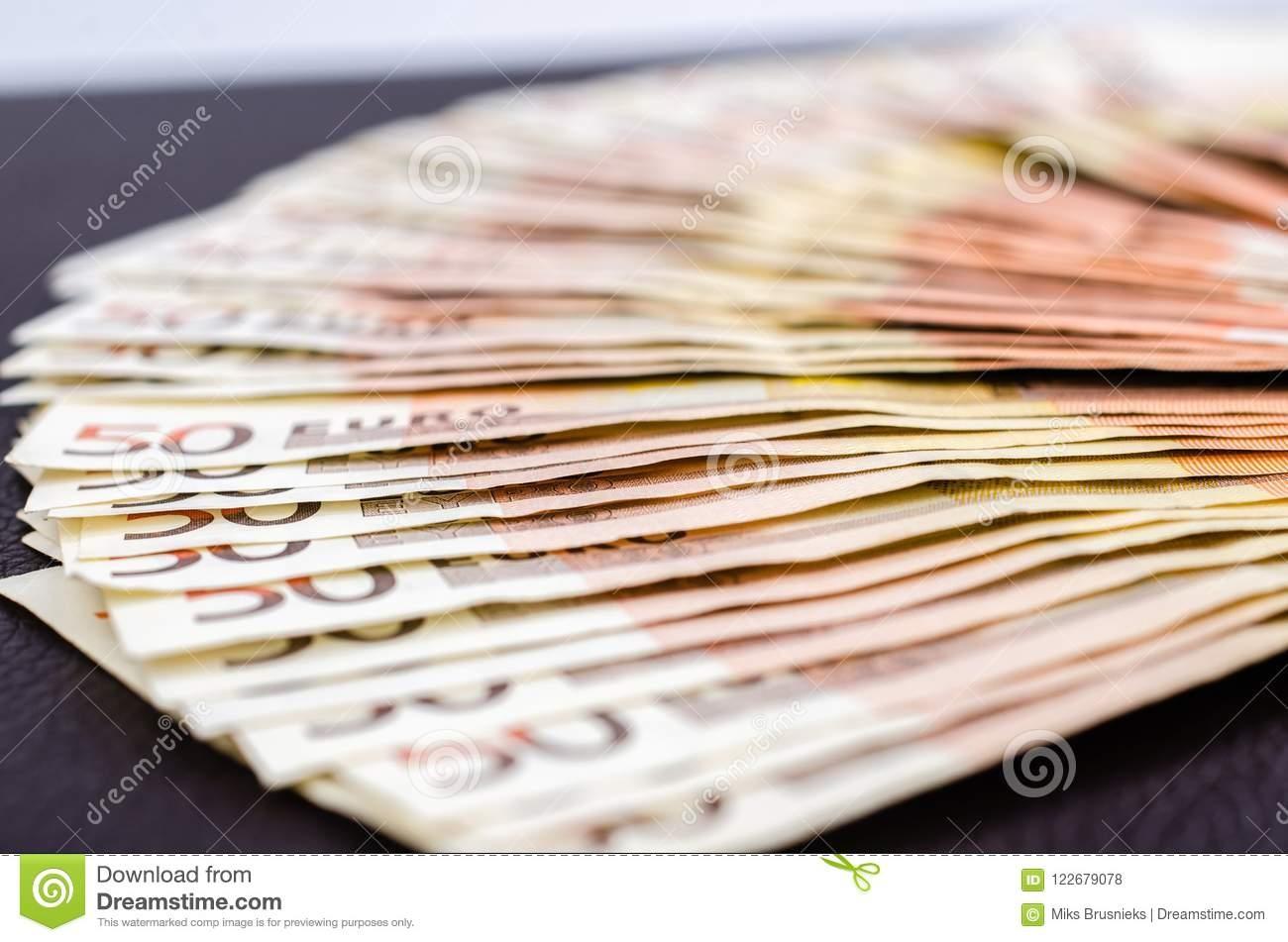 715% First Deposit Bonus at bWin