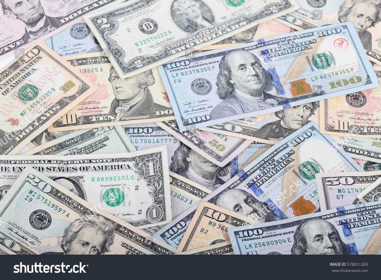 EUR 300 անվճար կանխիկ դրամ `888 Casino- ում