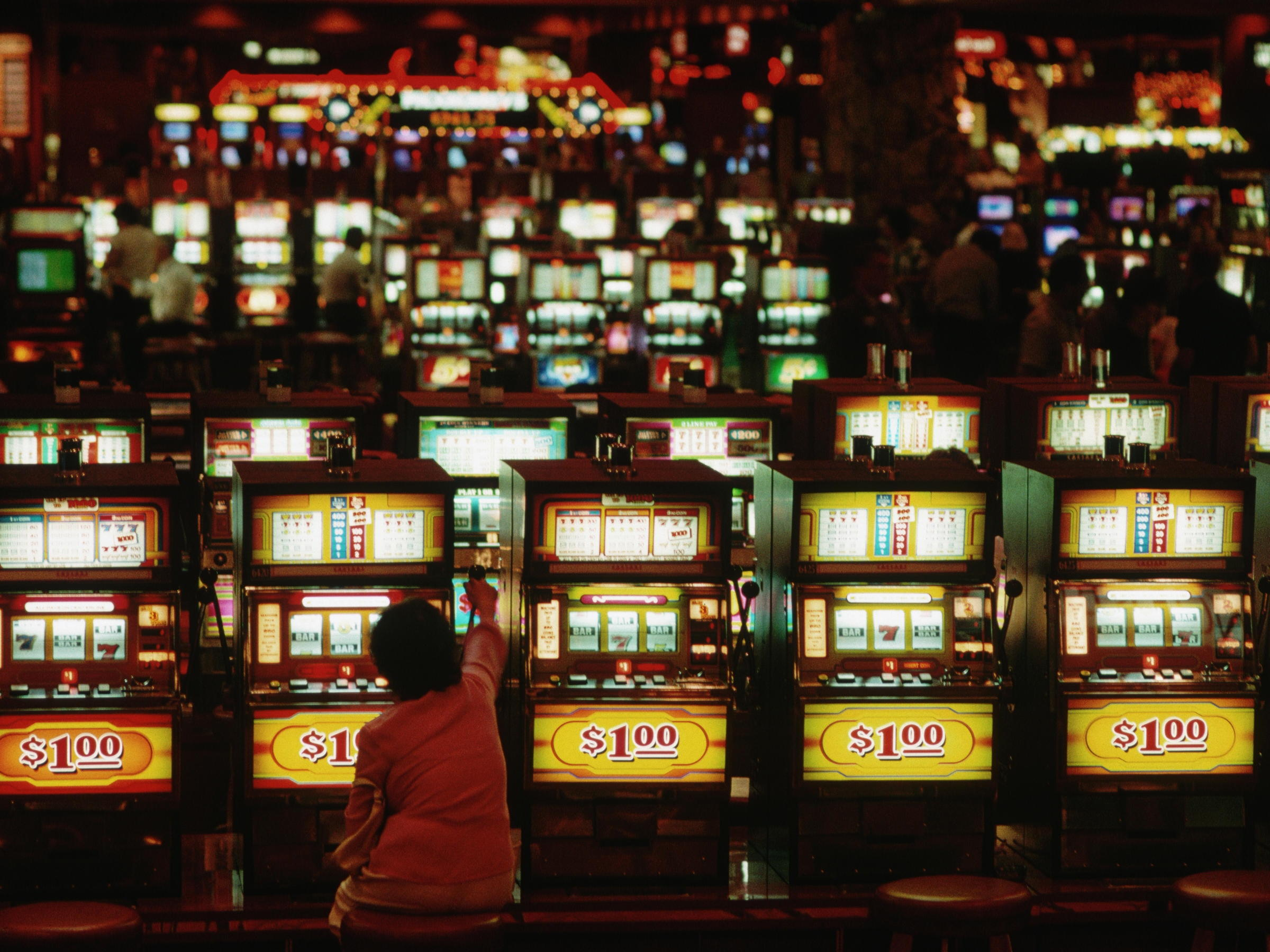 Eur 215 անվճար Chip Casino- ը Desert Nights- ում