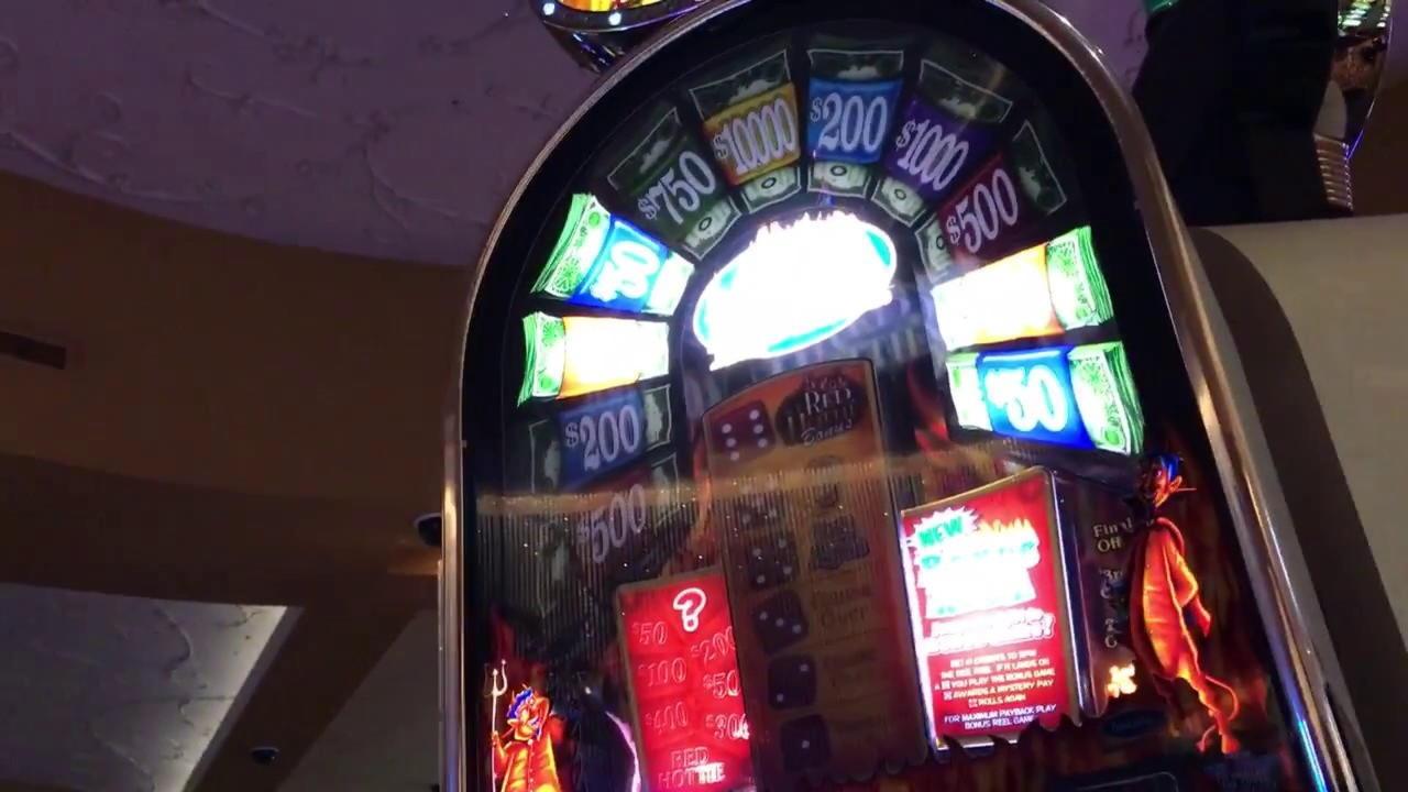 530% -ով խաղարկության բոնուս `Wink slots- ում