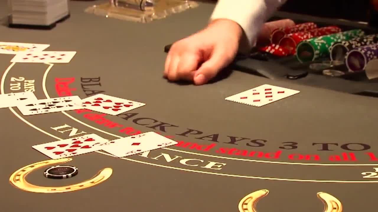 750 $ كازينو على الانترنت بطولة في وليام هيل
