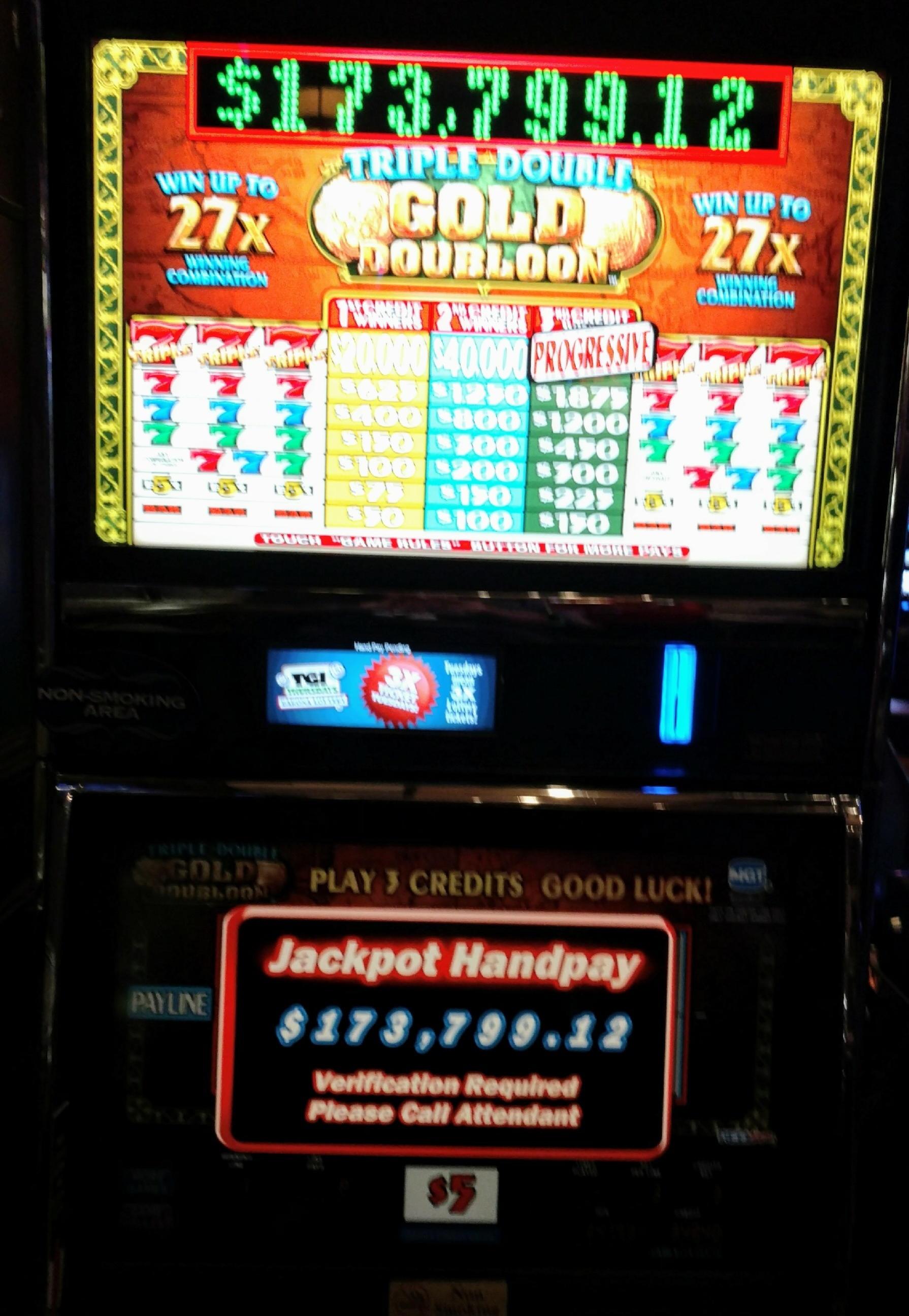 £ 670 Online Casino Tournament في كازينو الطرف