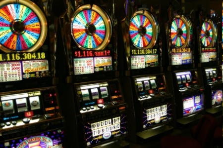 Party Casino的445%赌场比赛奖金