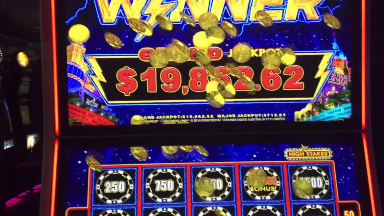 245 Loyalty Free Spins! på Mega Casino