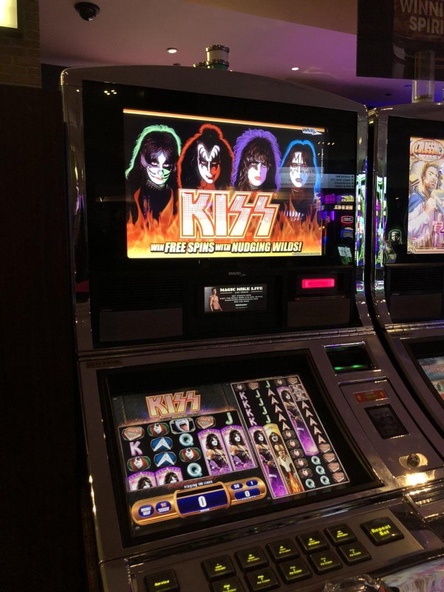 EURO 615ʻAʻohe Pane Casino Bonus ma Rise Casino