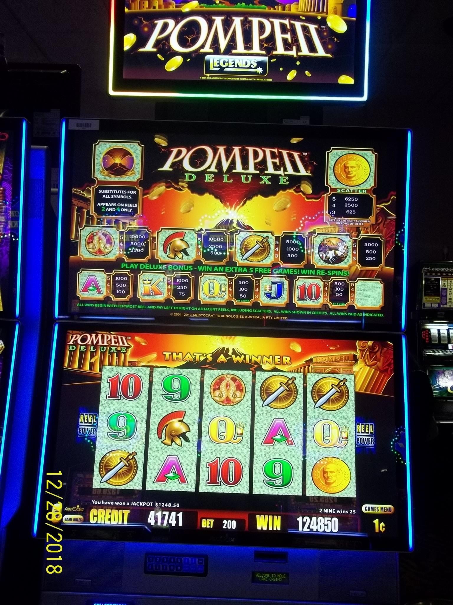 215 FREE SPINS sur le casino Big Dollar