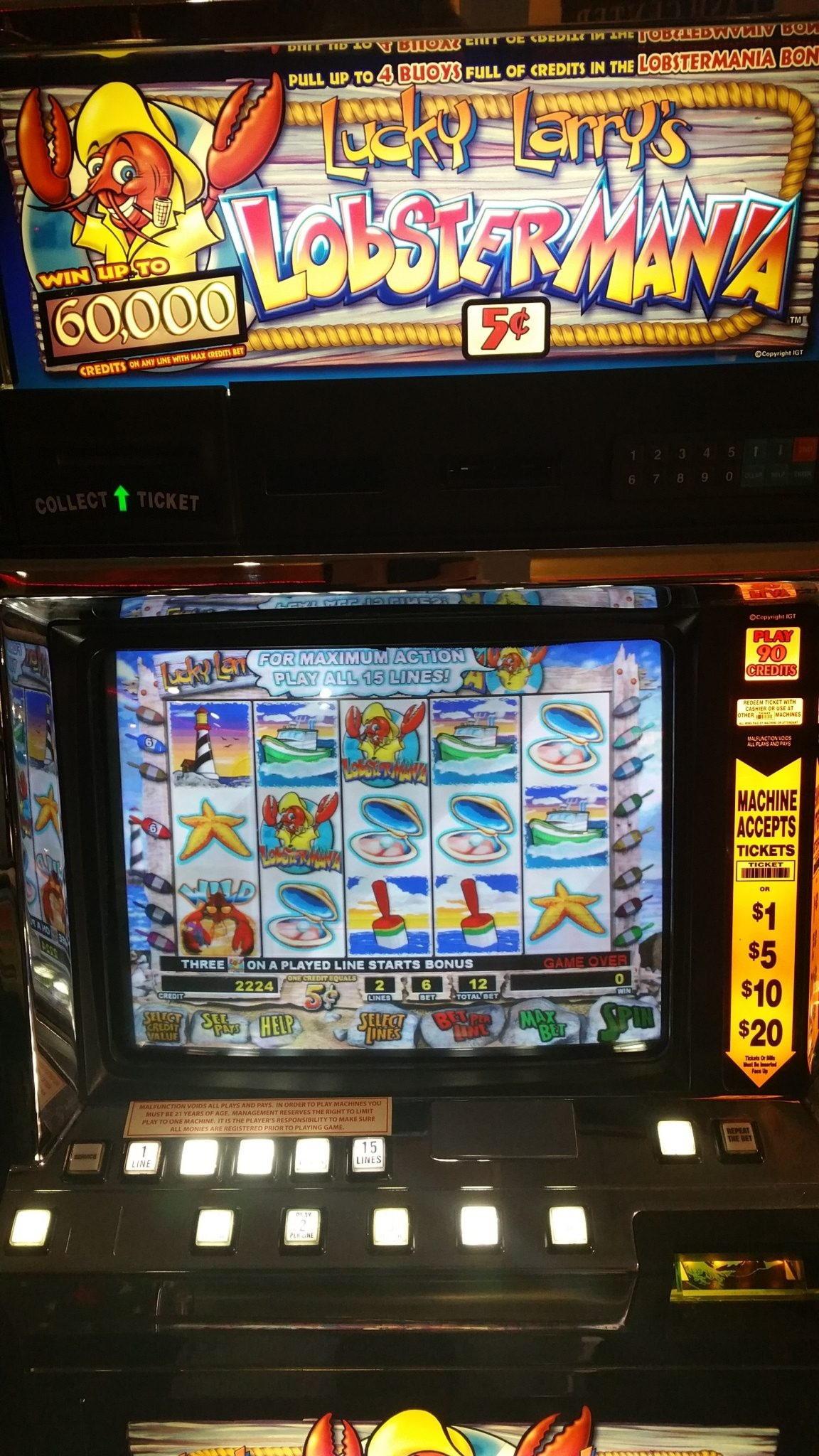 $ 415 Casino Chip di Bingo Besties