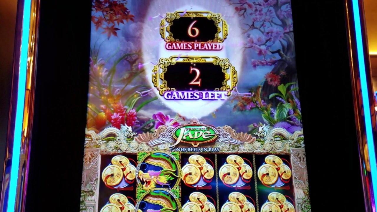 £ 215 kasino čip v SC Casino