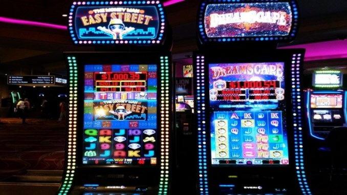 €625 Online Casino Tournament at Royal Panda