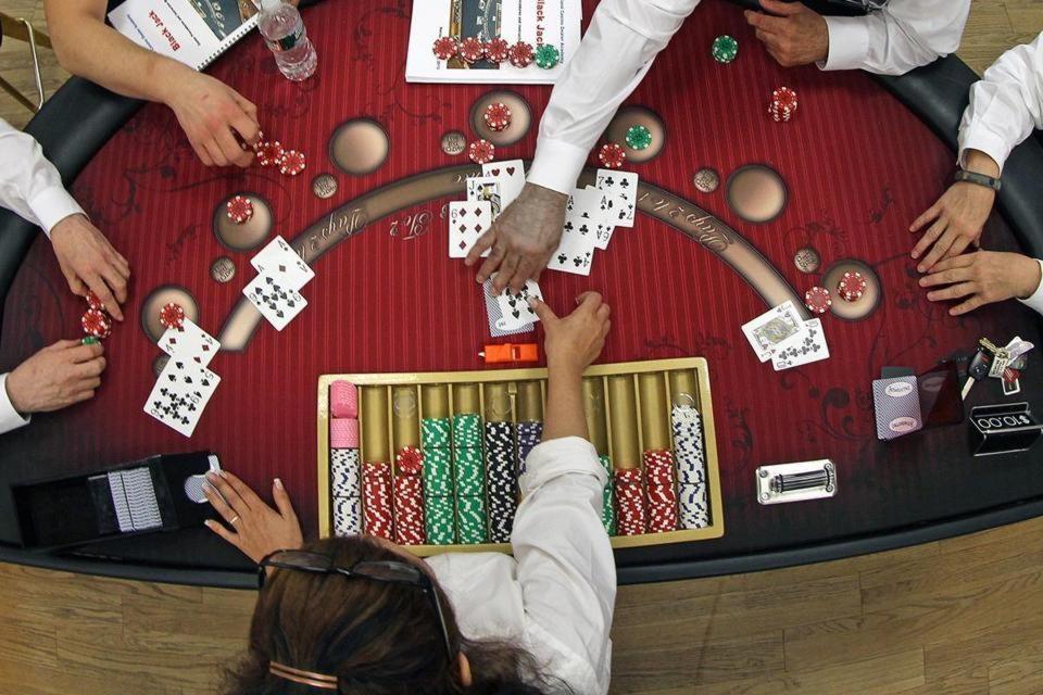 170 free spins at Poker Nox