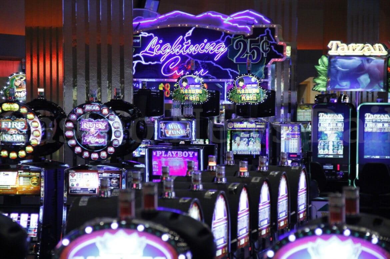 ʻO 820 Casino hoʻokūkū ma Spartan Slots