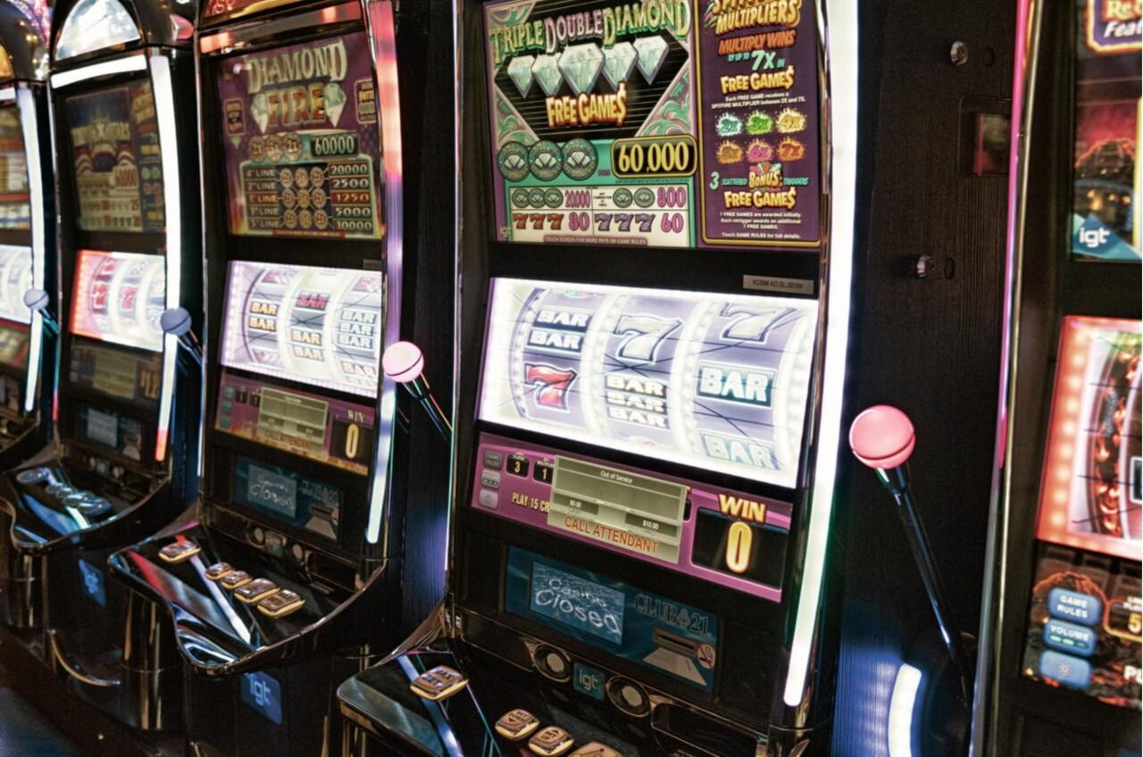 Treasure Island Jackpots-дегі 305% Match Bonus Casino (Sloto Cash Mirror)