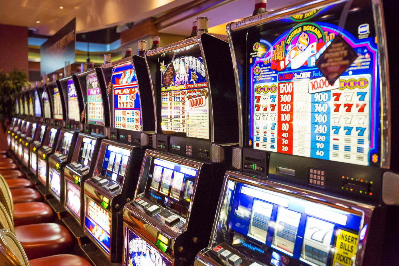 Eur 3330 No deposit casino bonus at Party Casino