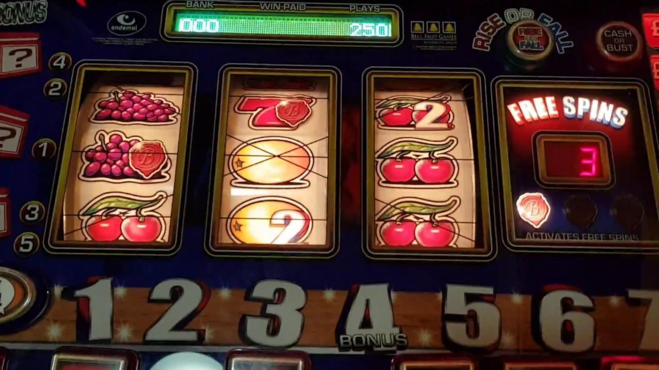 EUR 125 nemokami grynieji pinigai Sloto'Cash