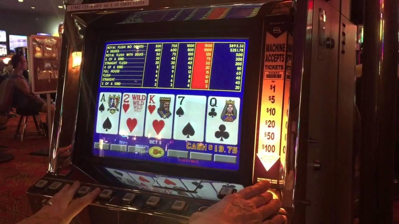 885 Casino- ի Բարի գալուստ Բոնուս `Կուսակցության Խաղատուն