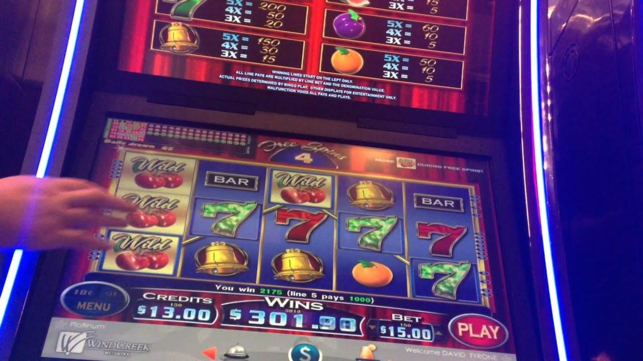 175 Free- ը Spin ներդնում է Wink Slots- ում