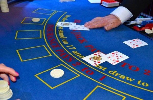 $990 Mobile freeroll slot tournament at Casino.com