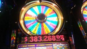AMAZING běh s 20 $ - Wheel of Fortune Slot - obrovská výhra !!