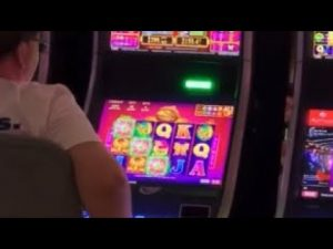 12 云顶马来西亚赌场;雲頂賭場;老虎机;Big Win in Genting Casino; Casino Walk Through; Genting Highlands; Jackpot;