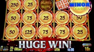 WoW WIFE LANDS A HUGE WIN! DRAGON LINK AUTUMN MOON SLOT MACHINE