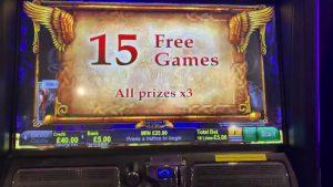 Gryphons Au Deluxe max bet bonus casino bonus Slots large win?