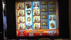 """Slot Machine ZEUS II com bônus devolvidos, super respostas, além de bônus de cassino """"grande vitória"""" em Las Vegas"""