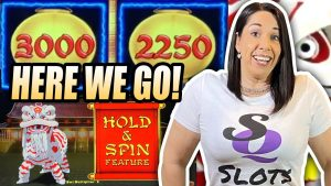 SLOT QUEEN VS. SLOT HUBBY !! WHO tin acquire THE large WIN !?