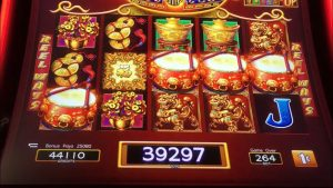 large WINS as well as mitt Pay on Dancing Drums #chumashcasino #slotman #slotmachine