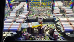 some other HUGE WIN! casino bonus Chips Everywhere inward money Pusher With Shannon & Kyle!