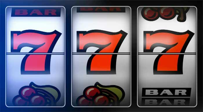 Kap një Paketë Mirëpritëse të 77 Asnjë depozitë pa pagesë + 100% deri në £ 200 në Kazino 777