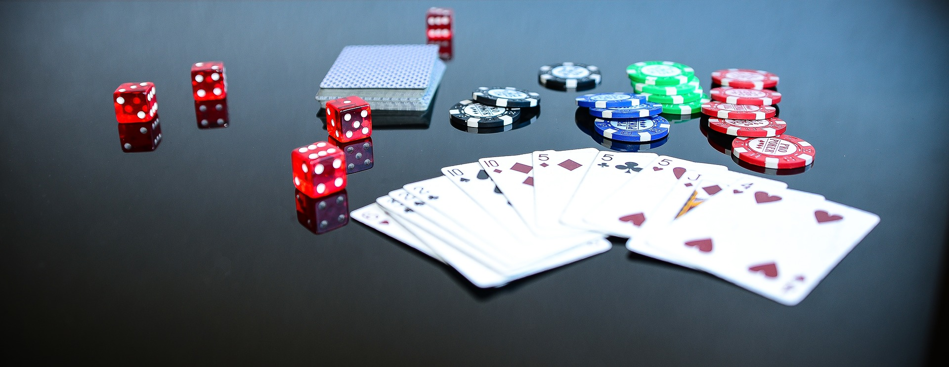 Bonussen en Playthrough Vereisten in online casino's