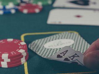 Online Blackjack: Når du skal bruge en Double Down-strategi