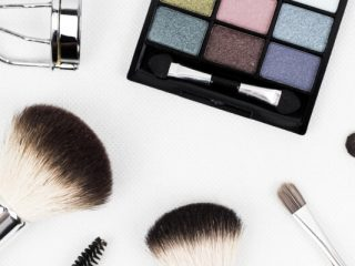 Make-Unders:最受欢迎的新潮流的崛起
