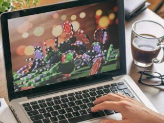 Beneficios de casino en línea que mejoran el juego de uno