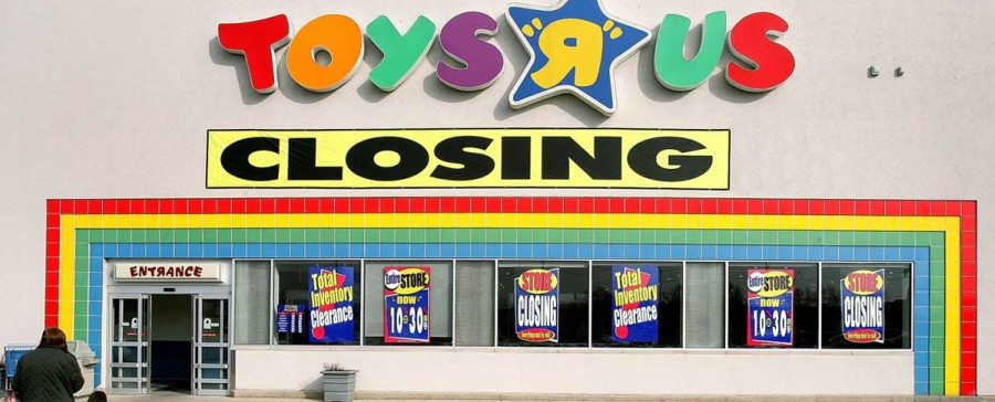 Toys R' Us Closes 180 Stores