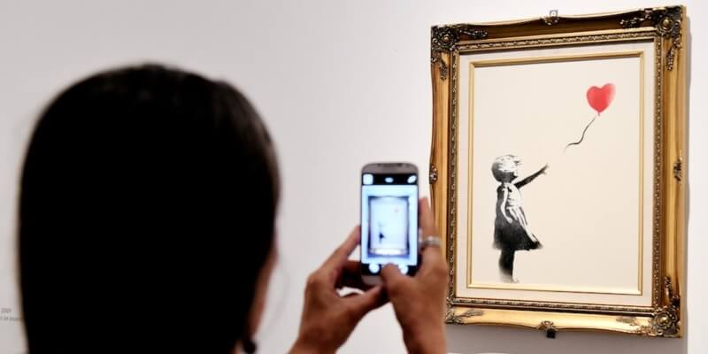 Banksy schreift Owes Artwork On Auction