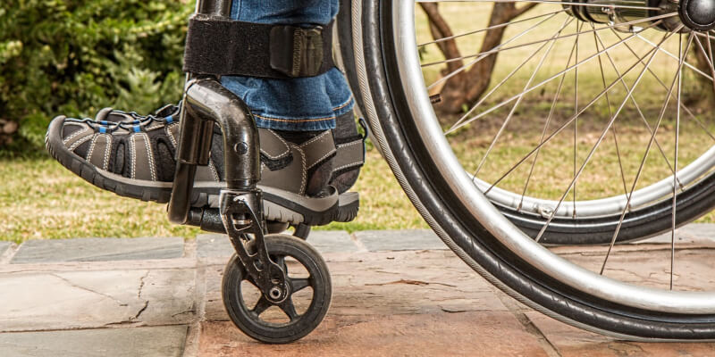 New Hopes of Walking for Paraplegics