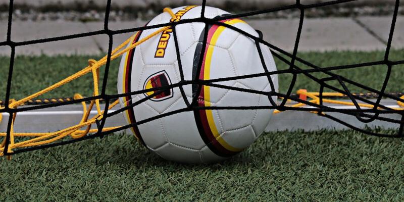 Comparaison des meilleures machines à sous sur le football