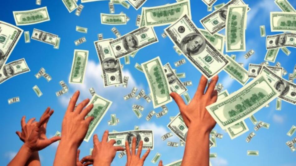 $ € 560 Depozitni bonus na prve 4 depozite u Grand Hotel Casinu. Samo za UK igrače!