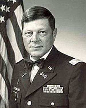 Lowell Bocanegra